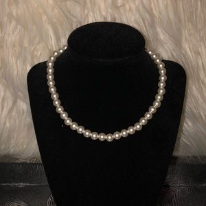 Jewelry - Fashion Jewelry Pearl Necklace